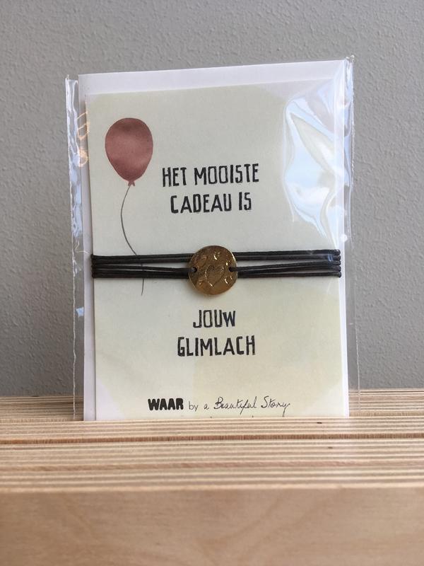 MooiWAAR Jewelry Postcard het mooiste cadeau is jouw glimlach